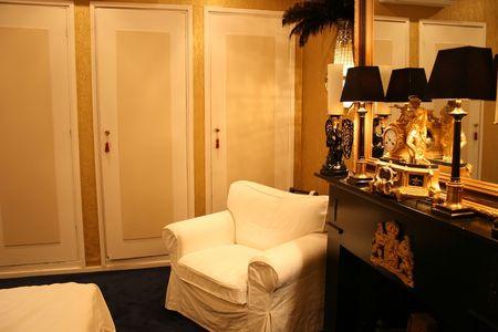 antique bedroom photo