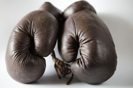 leather glove: Pair of old brown leather boxing gloves of the 1950s