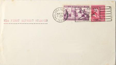 """correspondencia: Sobre la vendimia en blanco con sellos y matasellos con nosotros 1939. Matasellos dice """"por vía aérea, ahorra tiempo"""", pero dice que escribir """"a través de vapor primero expresa. La guerra había starrted en Europa. Editorial"""