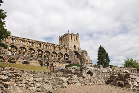 abbeys: Jedburgh Abbey is a ruined 12th century Augustinian abbey, situated in Jedburgh, in the Borders of Scotland. The abbey was founded in 1138. Stock Photo