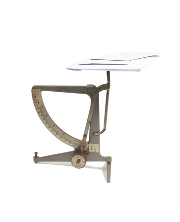 ascertain: Old fashioned and rusty letter scale with envelopes
