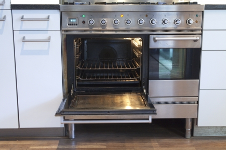 Open oven with hot air ventilation