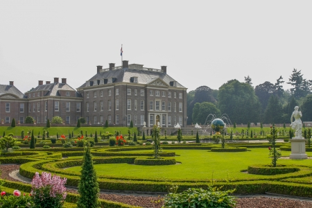 english oak: Beautiful royal palace het Loo with gorgeous gardens Editorial