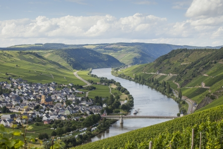 mosel: View on the Mosel valley in Germany