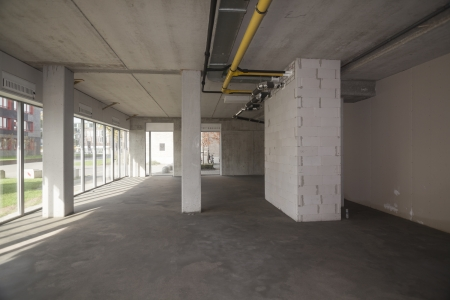 new construction renovation: Unfinished building interior
