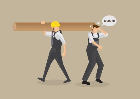 accidente trabajo: Hombre de la historieta y sin casco de trabajo se ha golpeado en la cabeza por trabajador que lleva registro en el hombro. la ilustraci�n en el concepto de accidente de trabajo aislado en el fondo de color marr�n claro.