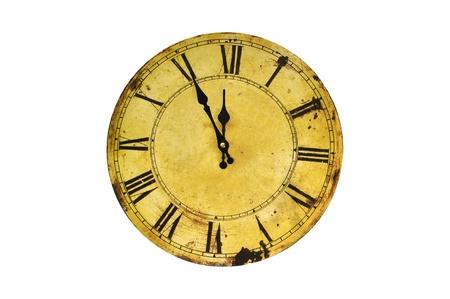 reloj antiguo: Cinco minutos para las doce en el reloj la vendimia aislado. Foto de archivo