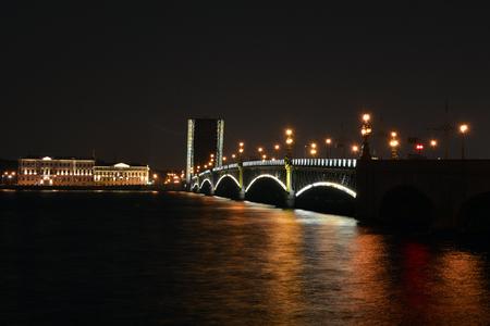 st  petersburg: Night St. Petersburg. Divorced Trinity Bridge.