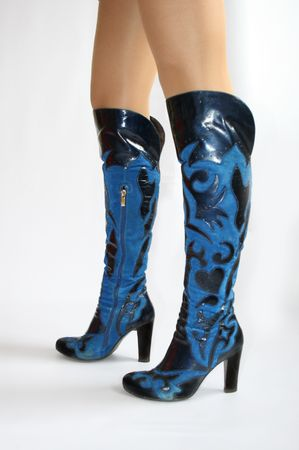 clasp feet:  Stylish high heel fashion boot