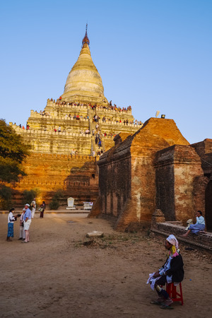 sight seeing: Shwesandaw pagoda, Old Bagan, Myanmar, Asia