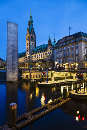 townhall: Sluice in front of Hamburger Rathaus - town-hall, Hamburg, Germany Editorial