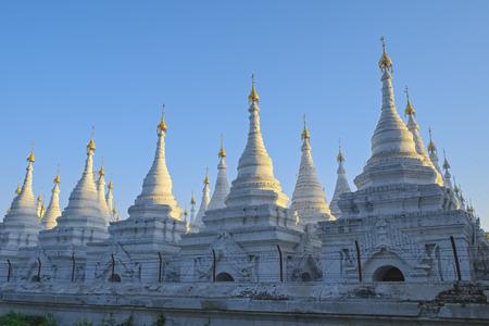 buddhismus: Sandamuni pagoda, Mandalay, Myanmar
