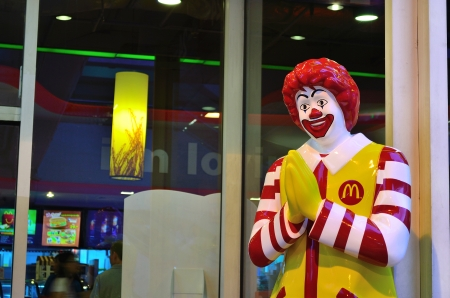 mcdonald: ronald mcdonald doll in bangkok thailand