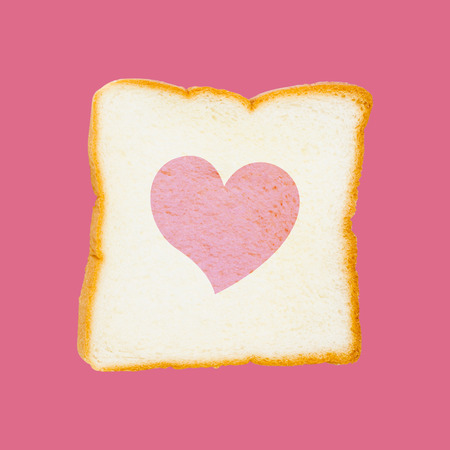the heart slice breads on pink