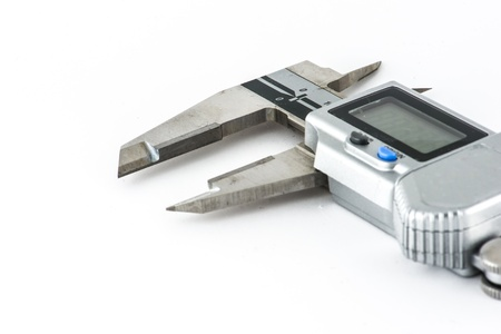 Digital venier caliper for measuring width and length of objects