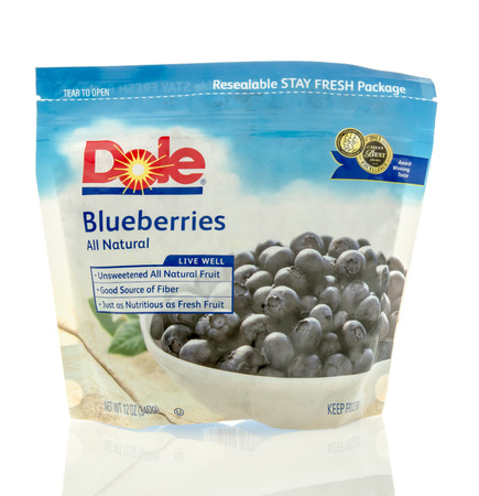 on the dole: Winneconne, WI - 5 May 2016: Bag of blueberries from Dole on an isolated background Editorial
