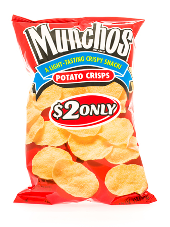 potato crisps: Winneconni, WI - 23 June 2015:  Bag of Munchos potato crisps Editorial