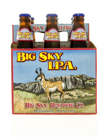 ipa: Winneconne, WI - 15 March 2016:  A six pack of  Big Sky I.P.A. beer