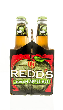 ale: Winneconne, WI - 15 March 2016:  A six pack of Redds green apple ale