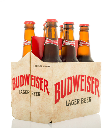 budweiser: Winneconne, WI - 12 March 2016: A six pack of Budweiser lager beer with  a different design than the current.