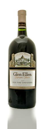 zinfandel: Winneconne, WI - 19 March 2016:  A bottle of Glen Ellen wine in old vine zinfandel flavor