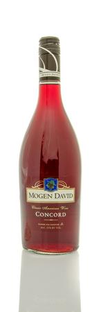 concord grape: Winneconne, WI - 19 March 2016:  A bottle of Mogen David wine in concord flavor