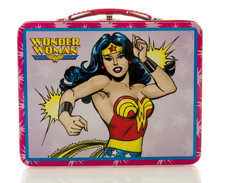 wonder: Winneconne, WI - 20 April 2016:  Lunch box featuring Wonder Woman on an isolated background Editorial