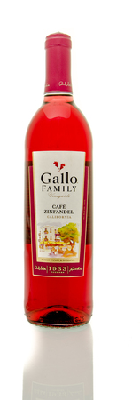 white zinfandel: Winneconne, WI - 19 March 2016:  A bottle of Gallo Family wine in cafe zinfadel flavor Editorial