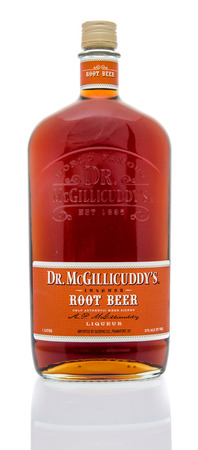 root beer: Winneconne, WI - 16 March 2016:  Bottle of Dr. McGillicuddys root beer liqueur on an isolated background Editorial