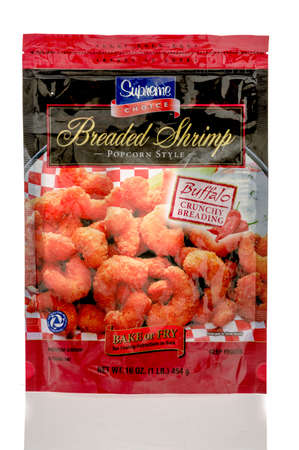 breading: Winneconnie, WI - 7 July 2016:  Bag of Supreme choice breaded shrimp popcorn style with buffalo crunchy breading on an isolated background. Editorial