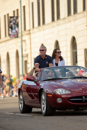 nfl: Canton, OH - 6 August 2016:  NFL Hall of Fame player Brett Favre in a parade.