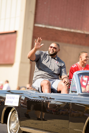 pace: Canton, OH - 6 August 2016:  NFL Hall of Fame player Orlando Pace in a parade. Editorial