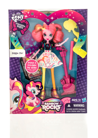 Winneconne, WI - 13 November 2016: Package that contains my little pony equestria girl on an isolated background. 新闻类图片