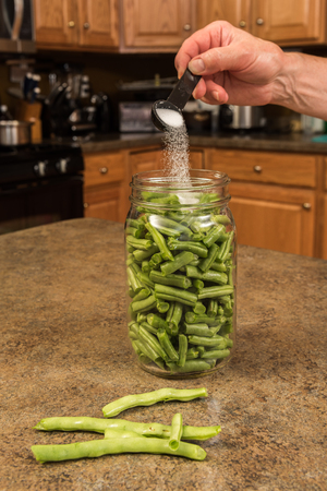 Process of canning green beans