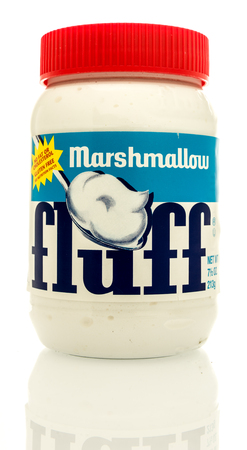 Winneconne, WI - 16 May 2017: A jar of Marshmallow fluff on an isolated background. Redakční