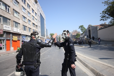 ISTANBUL, TURKEY - MAY 1: The demonstrators who are against to prohibition of 1 May celebration were arrested by the police on May 1,2008 in Istanbul,Turkey  Stock Photo - 16768986