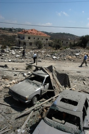 Tyre, Lebanon- July 31, 2006: Buildings destroyed by Israeli bombing in the city of Tyre on July 31, 2006, Beirut,Lebanon