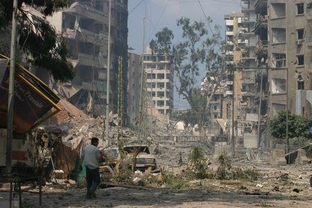 Beirut, Lebanon - July 20,2006 : Buildings destroyed by Israeli bombing in the city of Beirut on July 20, 2006, Beirut,Lebanon. Stock Photo - 17392770