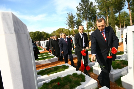 Canakkale, Turkey-January 15, 2010: Turkish Prime Minister Recep Tayyip Erdogan visits the monument of Dardanel Wars January 15,2010 in Canakkale, Turkey.