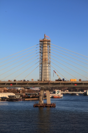 s horn: ISTANBUL, TURKEY-    The ongoing construction of the Golden Horn Metro Bridge has been criticized for breaking city s skyline in Istanbul,Turkey