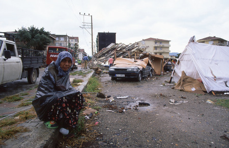 lasted: YALOVA, TURKEY-AUGUST 17   The 1999 Izmit earthquake was a 7 6 magnitude earthquake that struck northwestern Turkey on August 17, 1999  The event lasted for 37 seconds, killing around 17,000 people