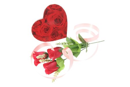 loveheart: Gift Boxes and Red Roses on White Background
