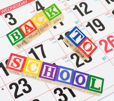 calendario escolar: Regreso a la Escuela con el Calendario y Alfabeto Bloques Foto de archivo