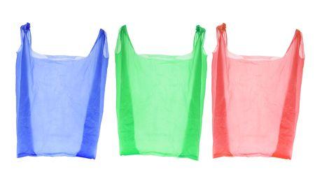 isol� sur fond blanc: Sacs de shopping en plastique sur fond blanc isol�  Banque d'images