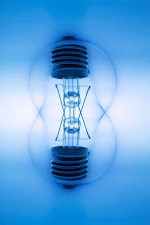 light bulbs: Compuesto de las bombillas en tono azul