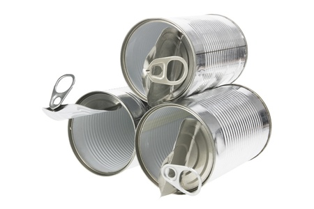 tin cans: Blikjes op witte achtergrond