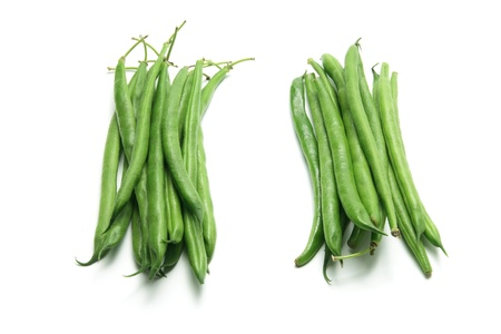 green beans: Frijoles franc�s en el fondo blanco Foto de archivo