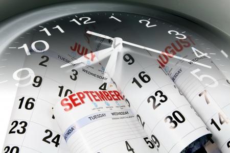 meses del año: Compuesto de páginas de calendario y reloj