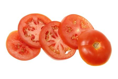 pomodoro: Fette di pomodoro su sfondo bianco