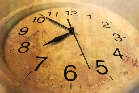 punctual: Clock with Mottled Texture